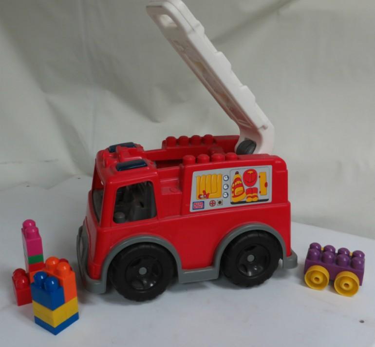 camion jouet ARTÉ-MONTRÉAL