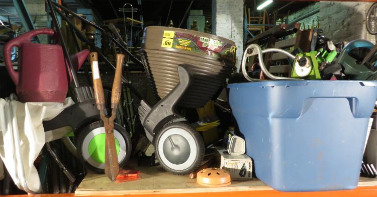 outils et accessoires de jardin