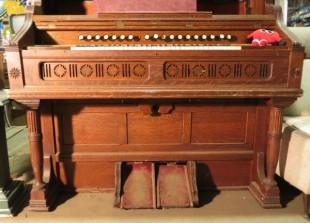 Harmonium antique