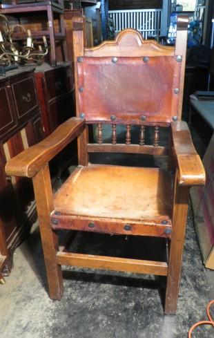 fauteuil médiéval