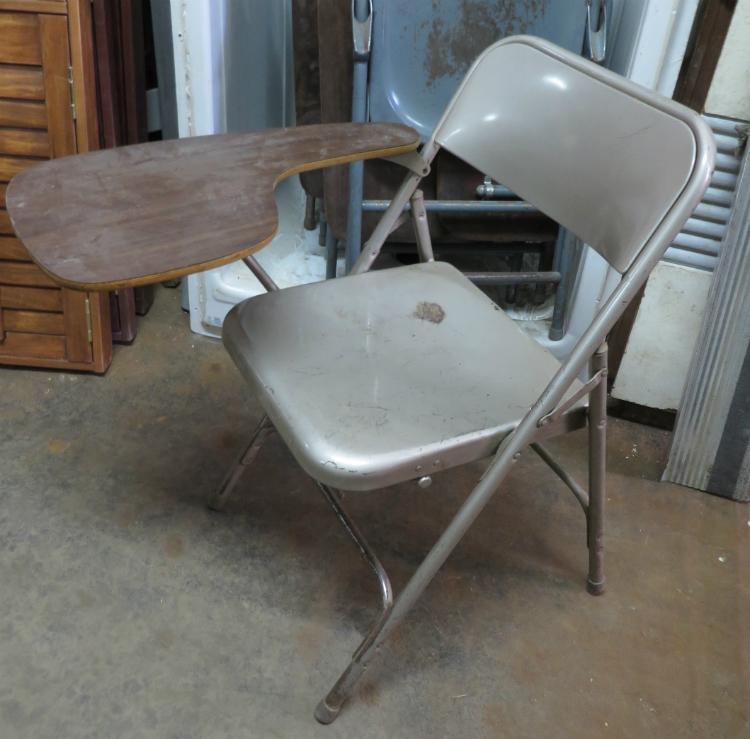 chaise pliante écritoire