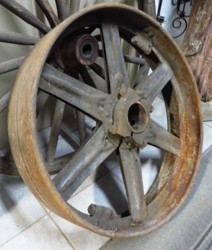 roues de charrettes